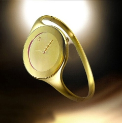 Ấn tượng với đồng hồ CK 4