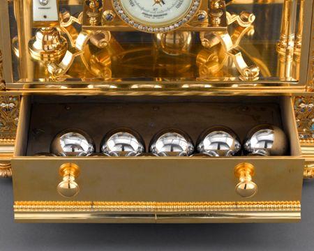 Đồng hồ cổ mạ vàng 5